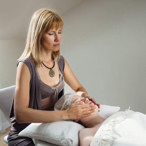Vrásky dokáže odstranit i masáž