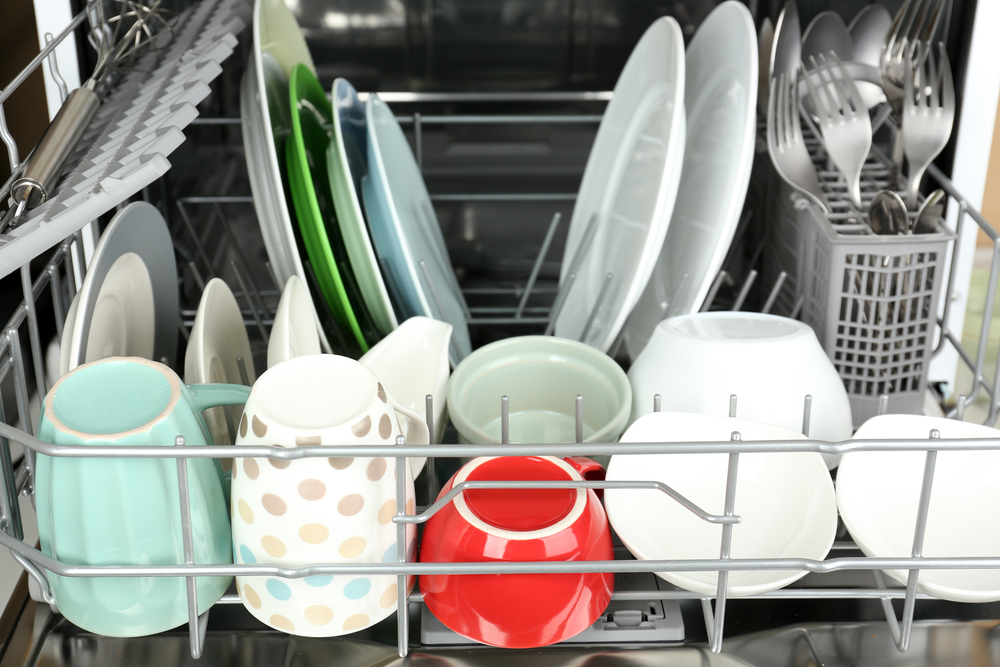 Stolní myčka na nádobí: skvělé řešení pro malé kuchyně