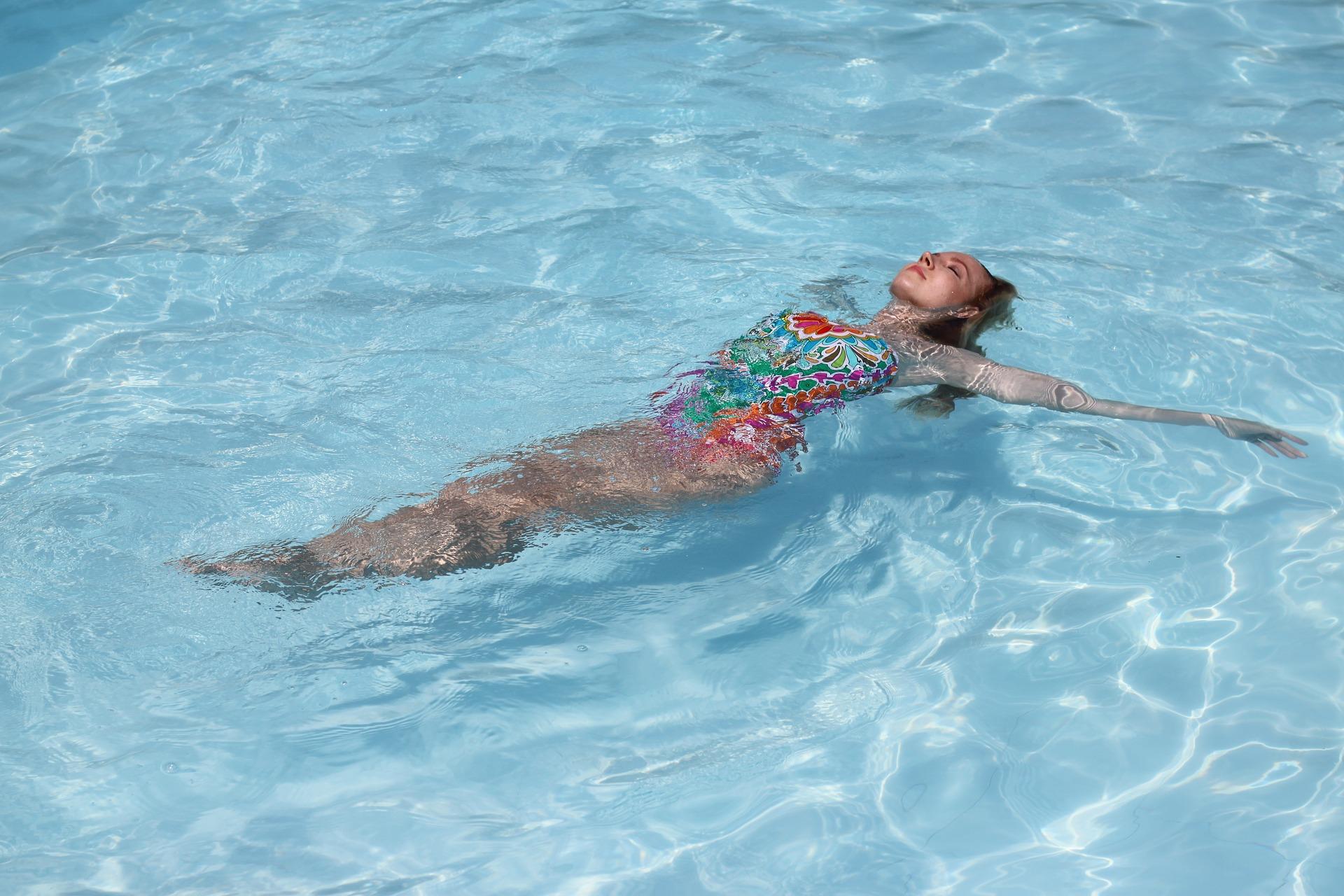 Myslete včas na léto a vylepšete si svůj bazén!