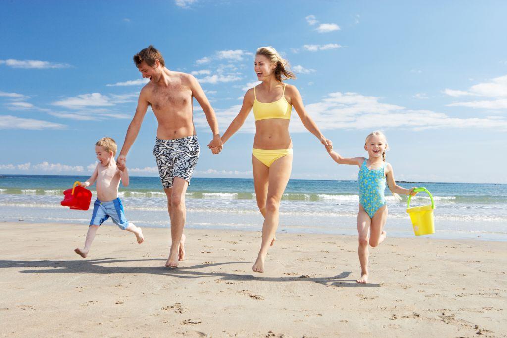 Přestaňte řešit plavky a radši se zaměřte na pojistku, ať jste spokojení všichni