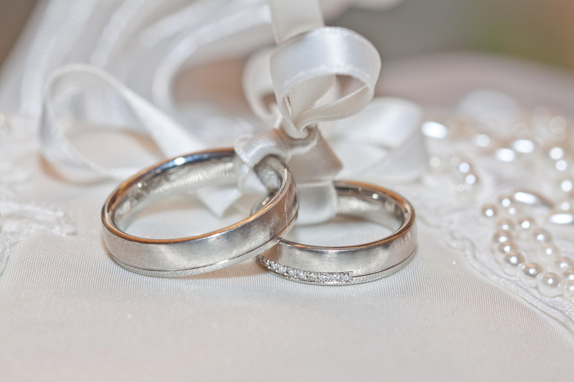 První rok v manželství. Víte, co musíte a (ne)můžete?